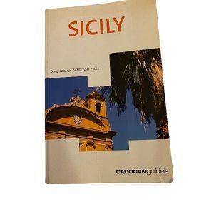 Sicily, 4th (Country & Regional Guides - Cadogan)